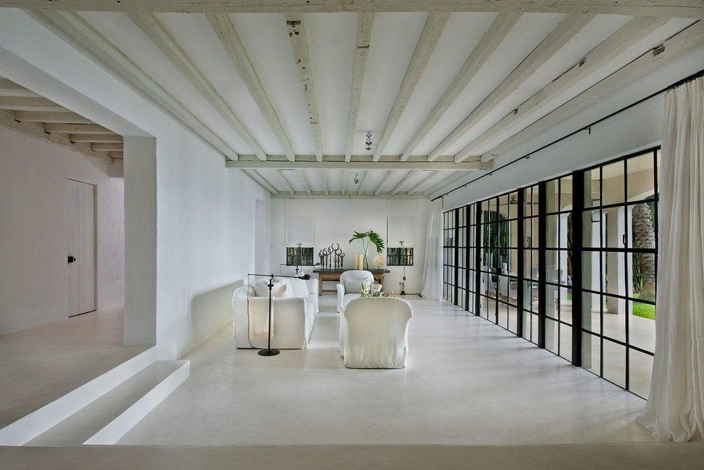 007---Living-Room-_Darker_.0.jpg
