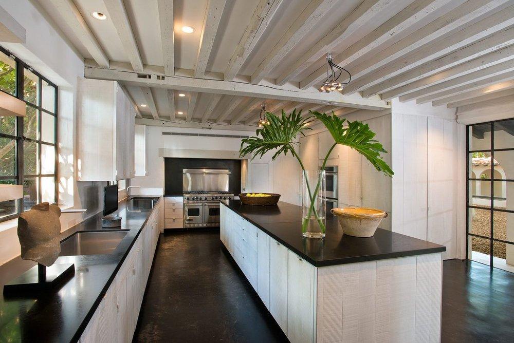 006---Kitchen-Main-View.0.jpg