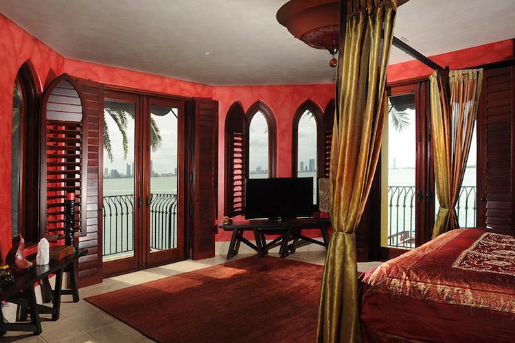 villa-jasmine-miami-beach-front-mansion-035.jpg