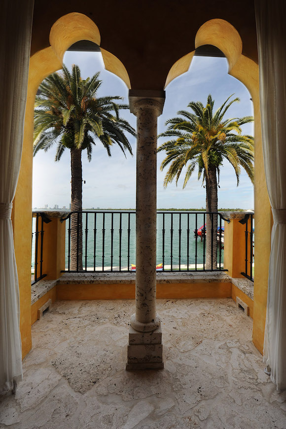 villa-jasmine-miami-beach-front-mansion-033.jpg