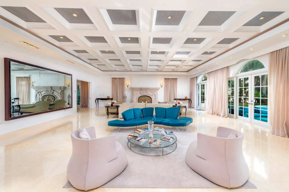 5310 North Bay Road Miami Beach Mansion FENDI Furniture