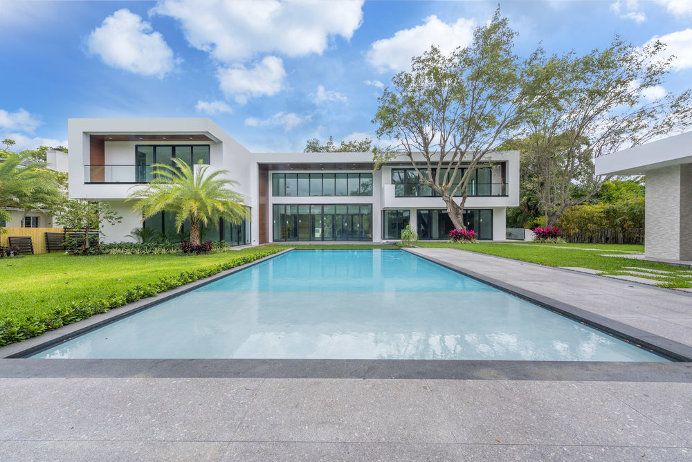 1641 South Bayshore Drive Featured Listing: Stunning Contemporary South Bayshore Estate Unveiled