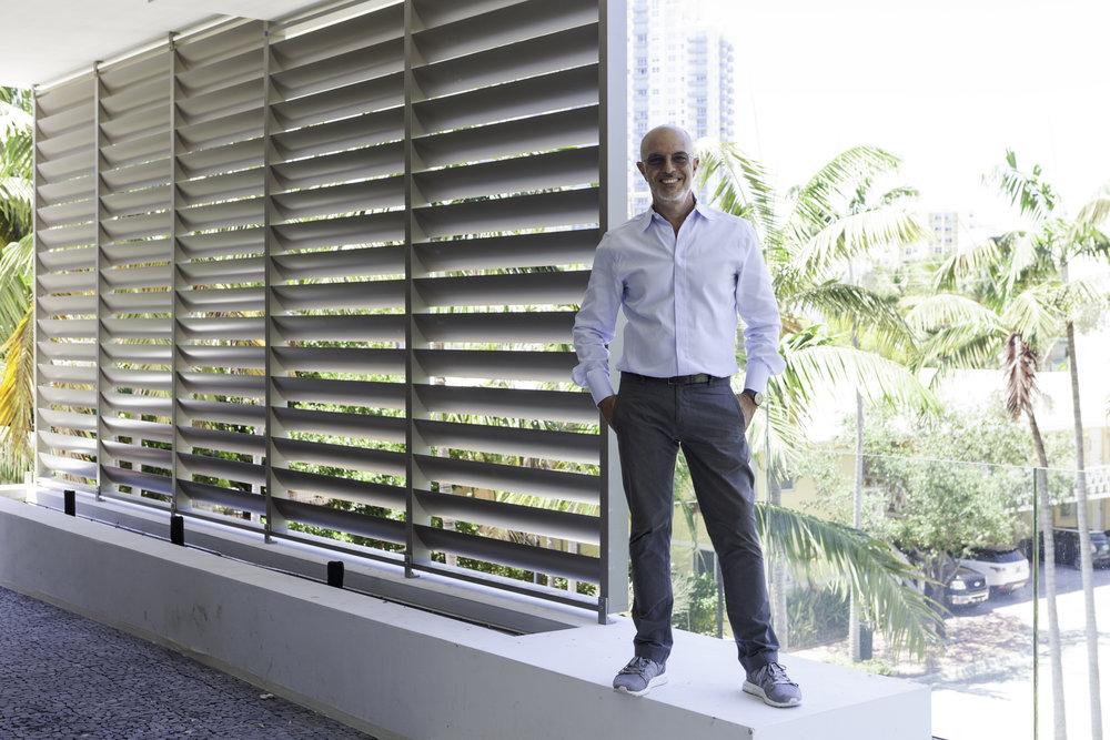 Architect Rene Gonzalez @ Louver House