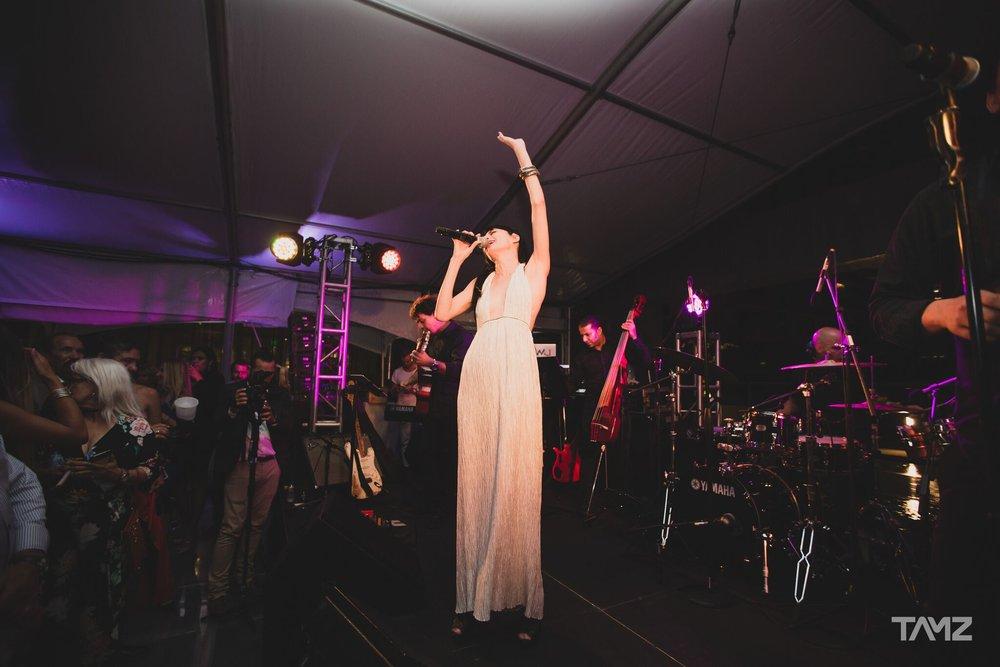 Cucu Diamantes, Grammy-award winning singer performs