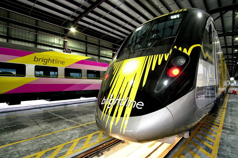 BRIGHTLINE'S SECOND TRAIN ARRIVES IN SOUTH FLORIDA