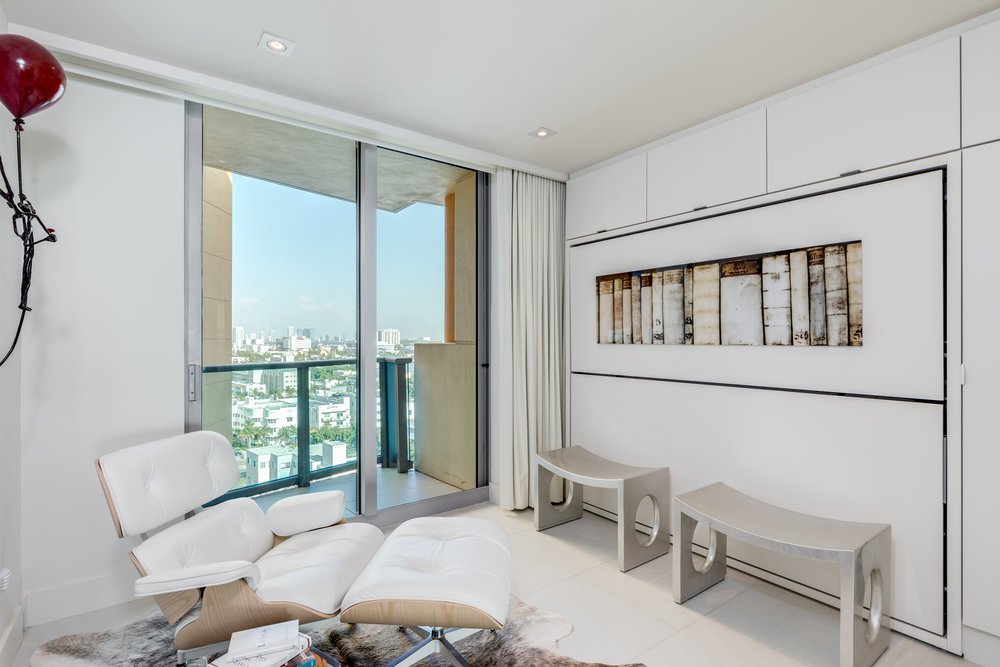 Featured Listing: Oceanfront Condo Unit in South Beach's Il Villaggio Hits the Market for $3.999 Million