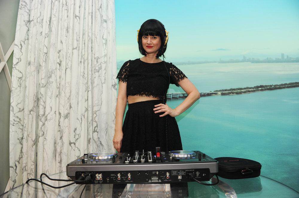 DJ Sasha Lauzon