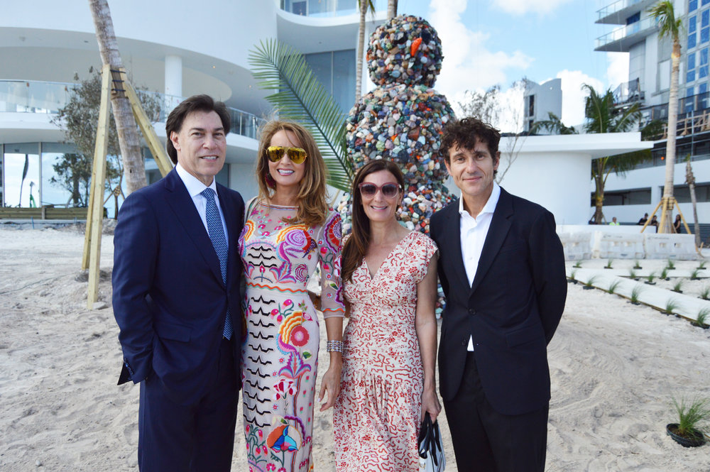 Edgardo Defortuna, Ana Cristina Defortuna, Sarah Harrelson and artist Daniel Knorr