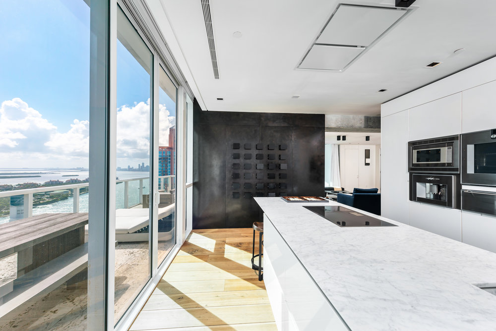 Celebrity Restauranteur Myles Chefetz Of Prime One Twelve Lists Continuum South Beach Condo For $14 Million