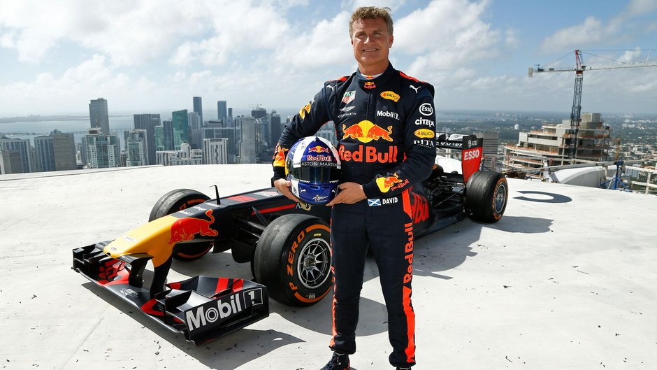 Aston Martin Red Bull Racing Welcomes Formula 1 To Miami With Stunt On One Thousand Museum's Helipad