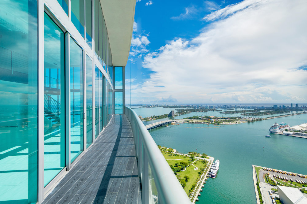 "Check Out The Marina Blue Penthouse From The Blockbuster Film ""War Dogs"" Now Asking $4.49 Million"