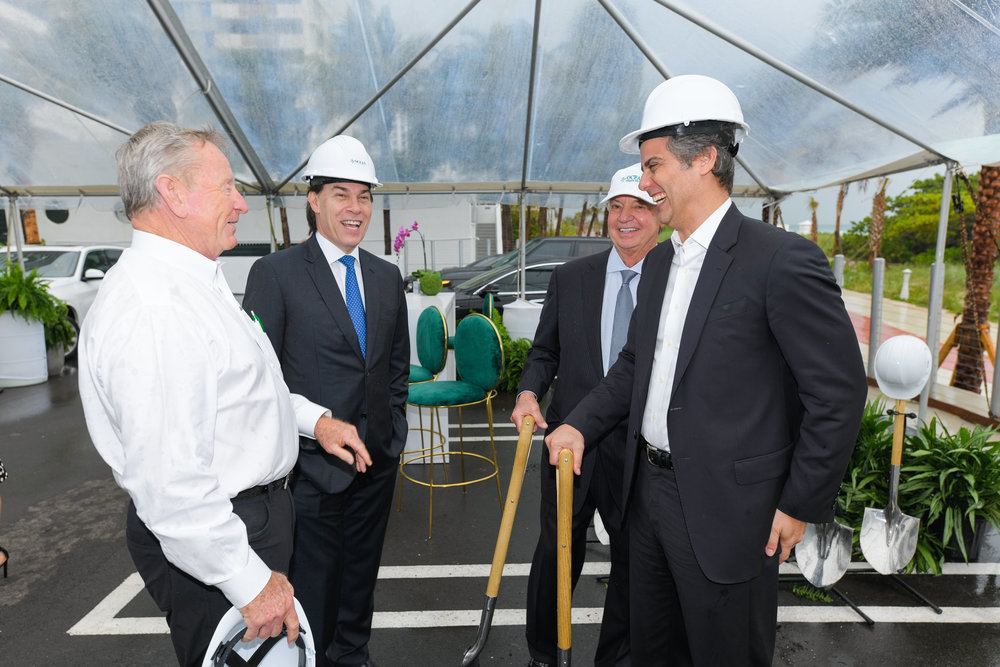ob L. Moss, Edgardo Defortuna, Dr. José Isaac Peres and Marcelo Kingston