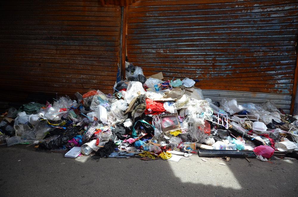a-pile-of-trash_6310122397_o.jpg
