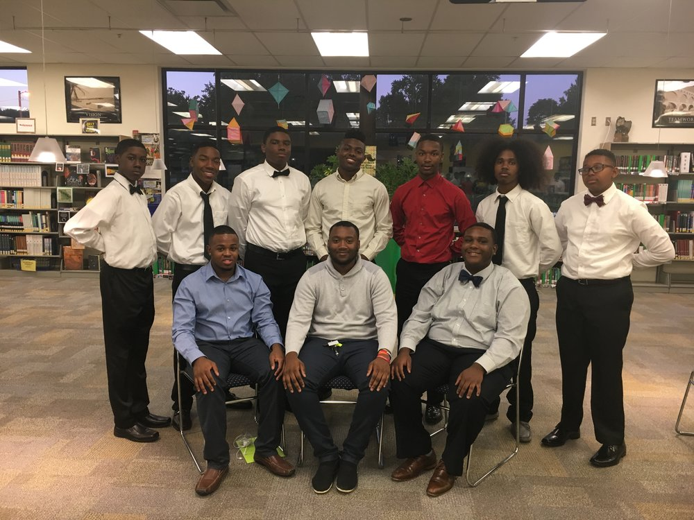 GENTLEMEN OF VISION 2017-2018 Organization Cabinet at the New Member Informational (Bottom left to right) Member At Large - Markell Hall President - Joshuah Hendon Vice President - Deonte Scates   (Top left to right) Community Service Chair - Derek Tillman Public Relations/Academic Chair - Bennie Clark Public Relations Chair - Omar Britt Sergeant At Arms - Shannon Bell Secretary - Jamal Lee Head Treasurer - Taj Morrow Historian - Sincere Sharp