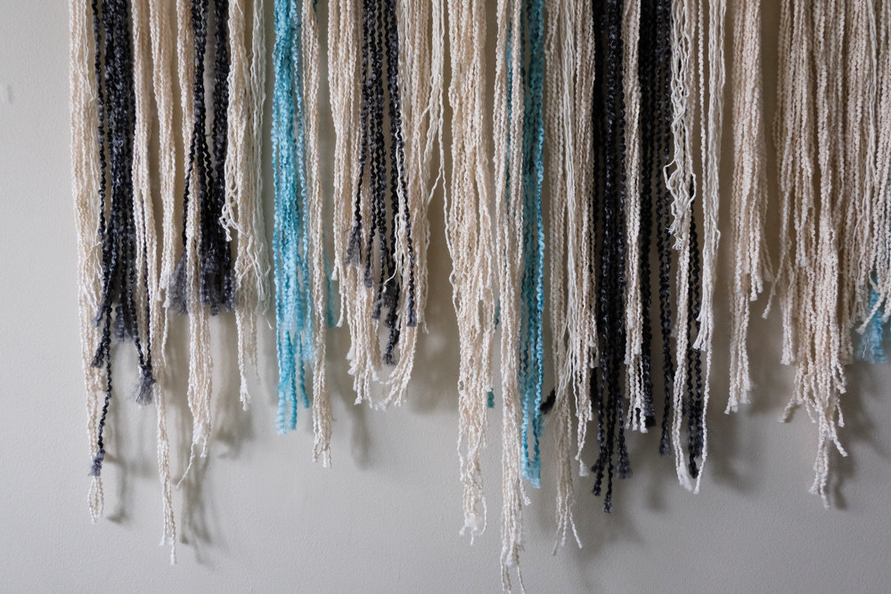 DIY YARN ART - YARN WALL HANGING - DIY TAPESTRY ART