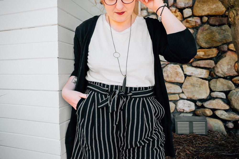 fashion blog - high waisted shorts - black and white shorts