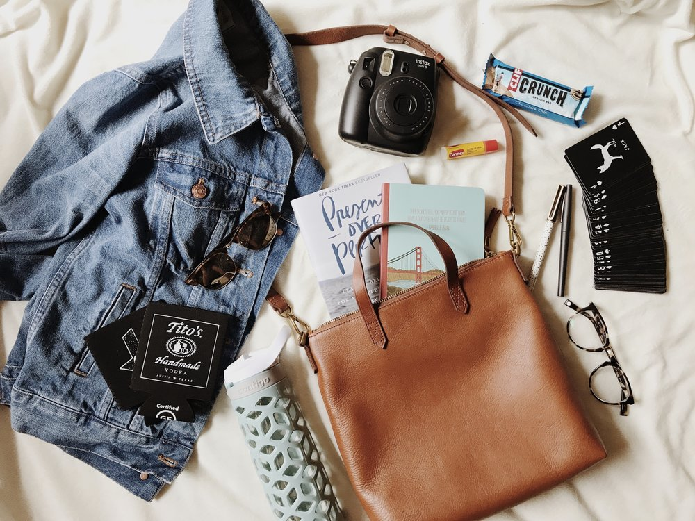 Whats In My Bag Travel 2.jpg