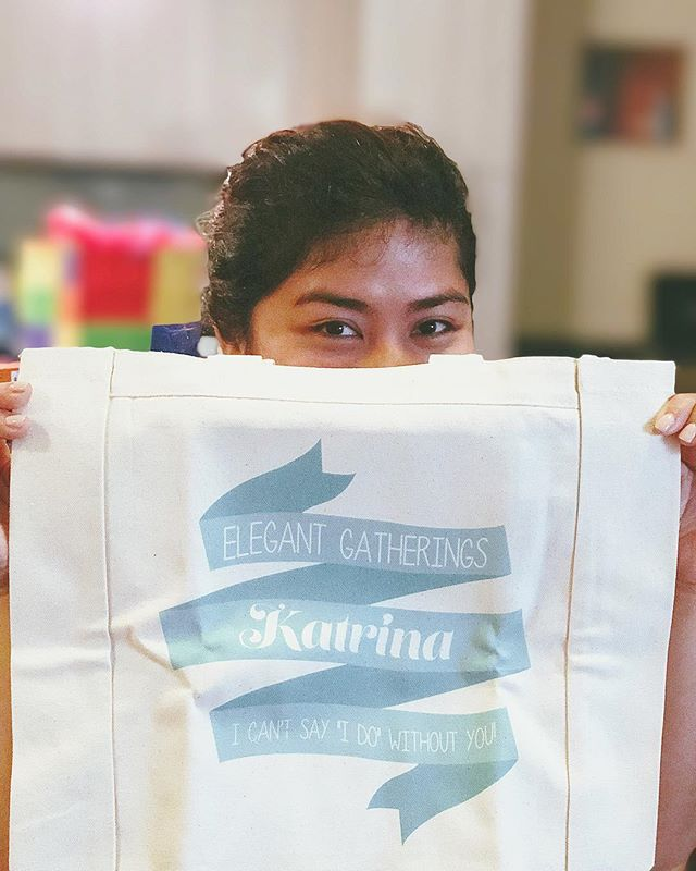One of the most thoughtful gifts we received this Christmas while visiting Austin was this adorable tote bag from @savvytravellerina. From all of us at Elegant Gatherings, Merry Christmas 🎄🎁