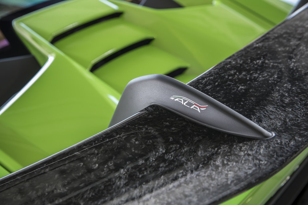 huracan_performante_green_112.JPG