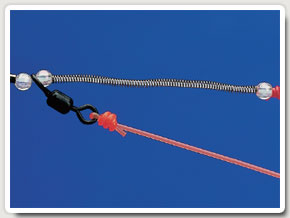 1. Use a Gemini SRT spring fixed beneath the snood swivel to tension the hooks when they are loaded with bait