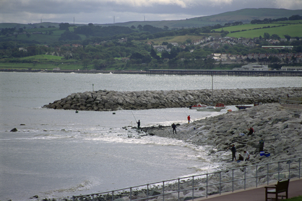 Rhos-on-Sea-Colwyn-Bay_a9EM.jpg