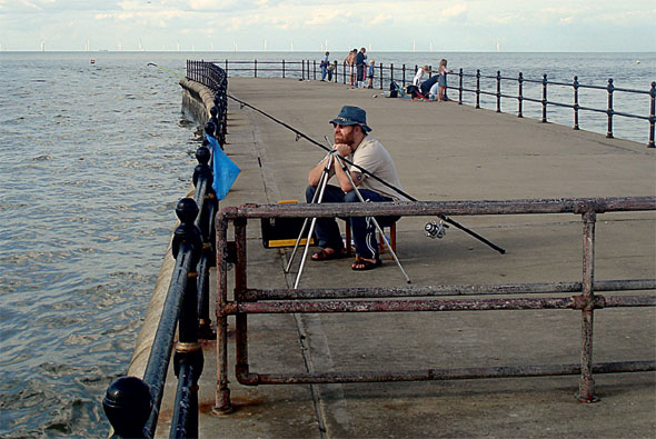 Hampton pier sea fishing mark sea angler for Best pier fishing rod