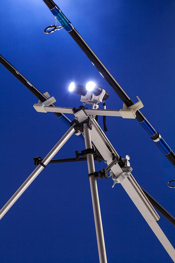 Tripod light 3.jpg