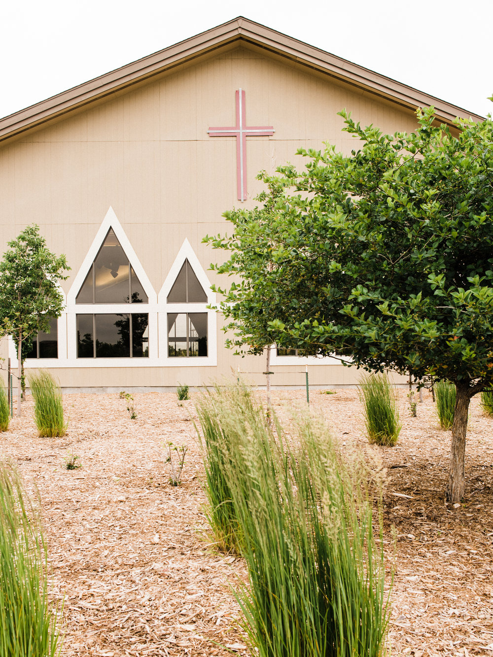 outside view of parker evangelical presbyterian church