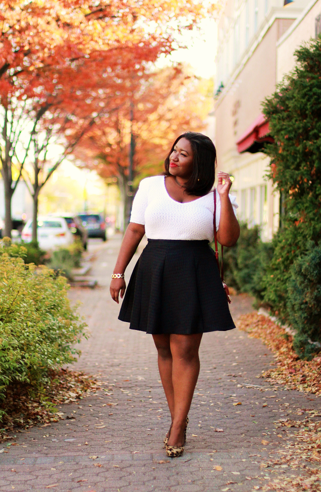 how-to-wear-plus-size-skater-skirt-outfit-ideas-curvy-fashion-blog.png