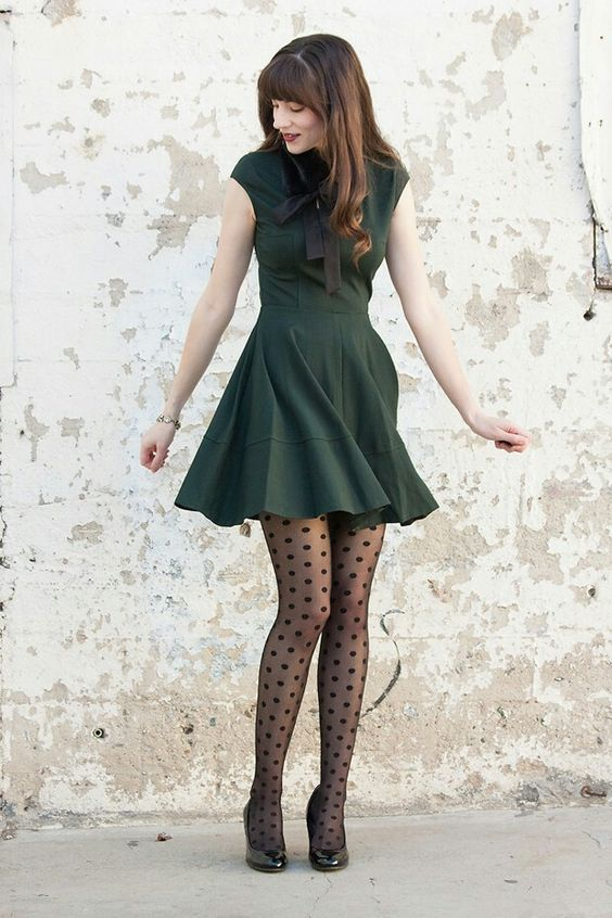 black-pantyhose-outfit-12.jpg