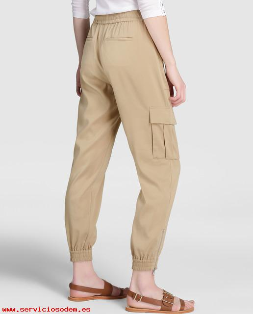Elegante Pantalón cargo de mujer Polo Ralph Lauren en color marrón 70 Cupro Marrón TDHGjmN7_2.jpg