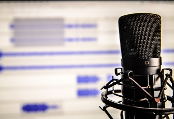 podcast+microphone.jpg