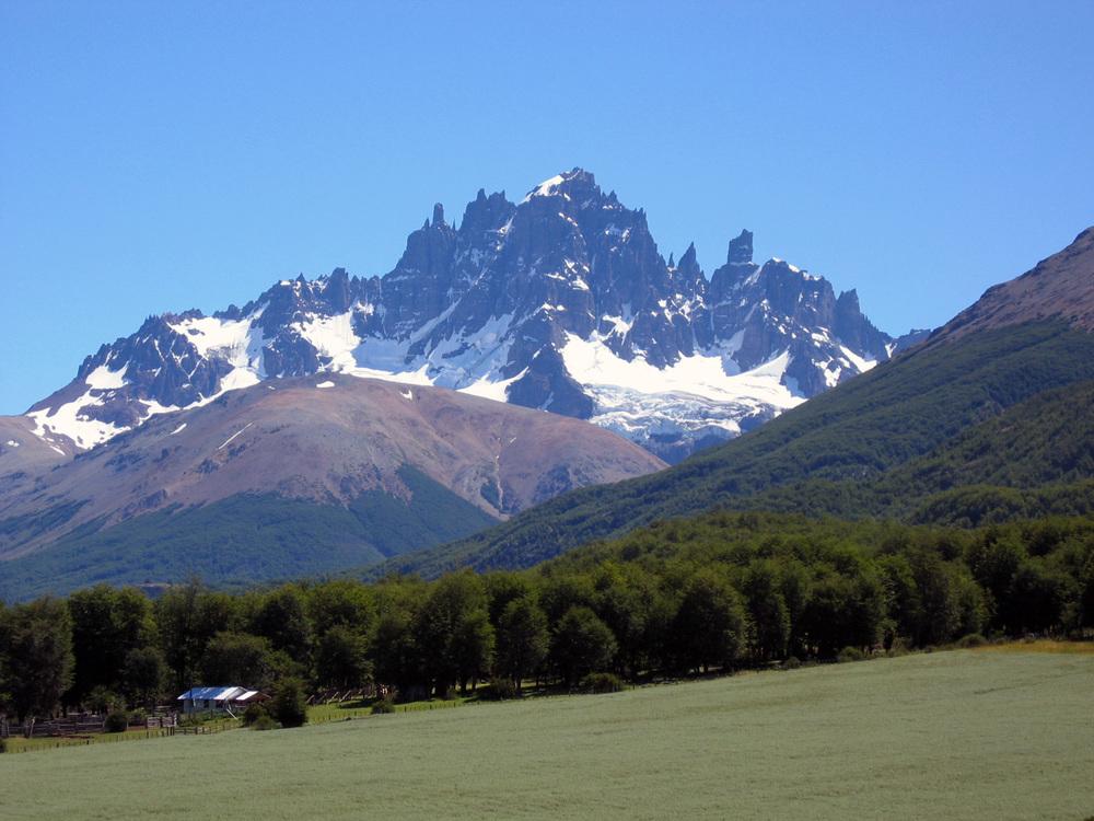 Hiking Tous Cerro Castillo