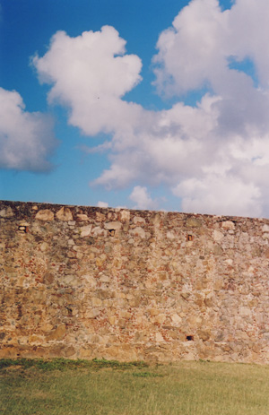vieques_wall_sky