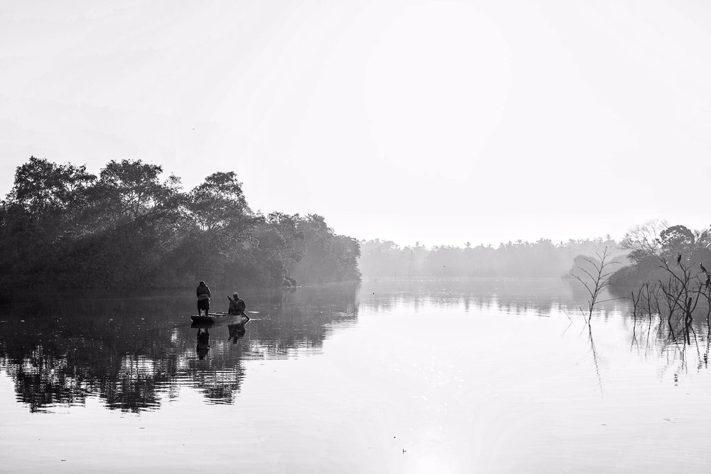 Early morning on the Mahamodara Lake (Fuji X100s)