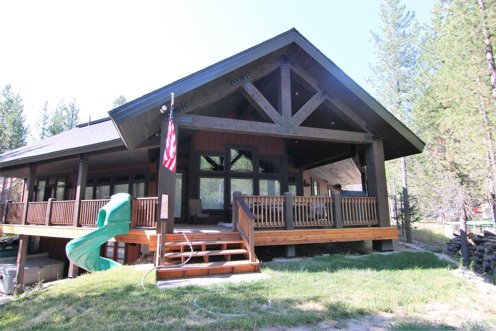 Ashcraft Cabin 4.jpg