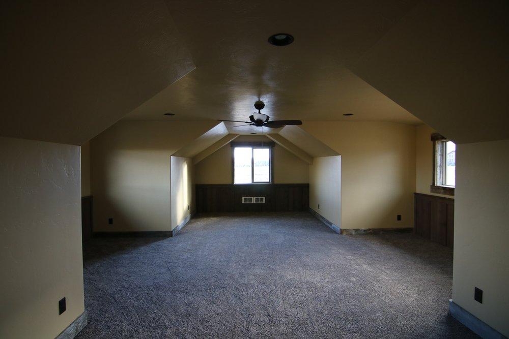 Fillmore Cabin 8.jpg