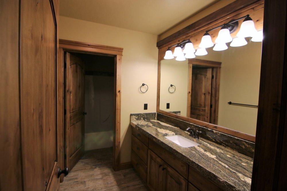 Fillmore Cabin 14.jpg