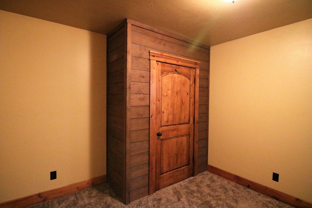 Fillmore Cabin 19.jpg