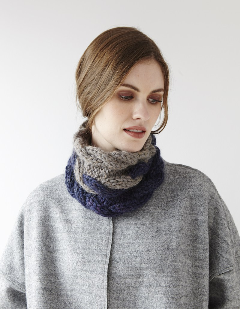 Two Colour Cabled Cowl