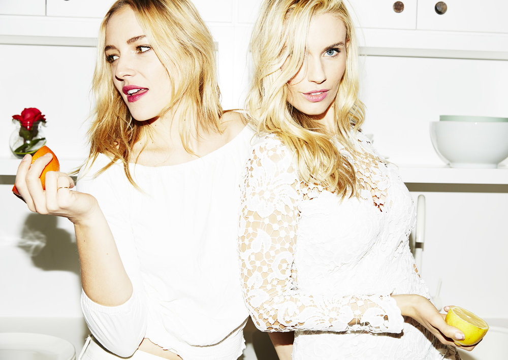 Danielle DuBois (left) and Whitney Tingle, co-founders of Sakara