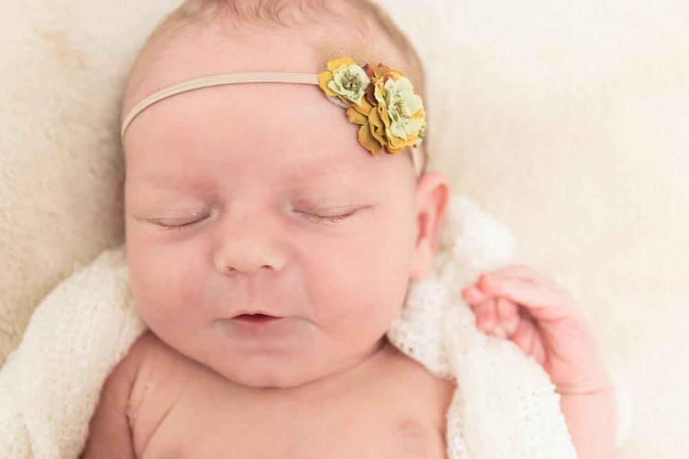 lustig, Babyfotos, Bilder, Profi Fotograf, Neugeborene, Baby