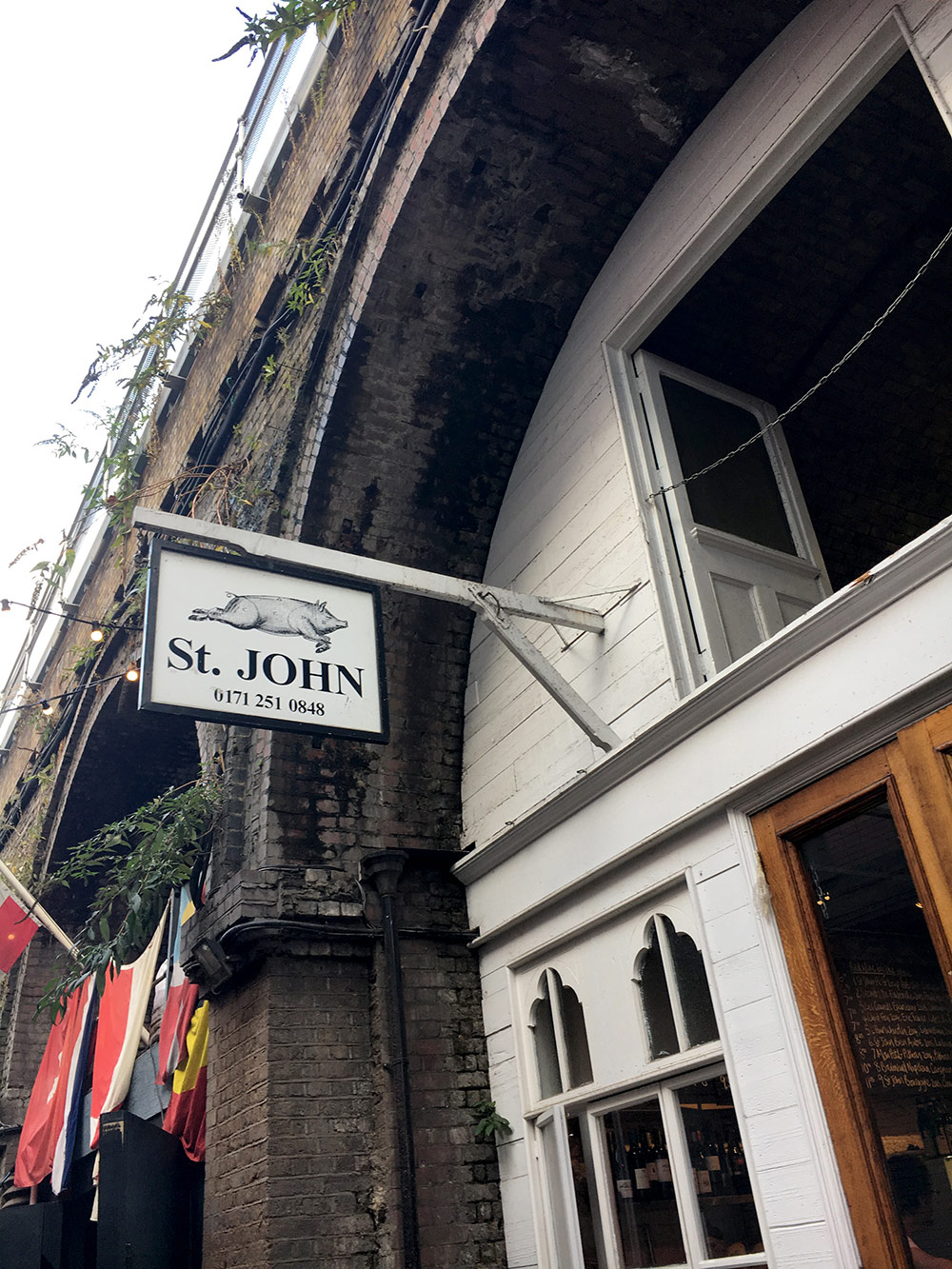 There's even a branch of St. John's tucked under one of the arches, if you fancy having a sit down at table, their doughnuts look amazing also, the best Bacon Sandwich in London!