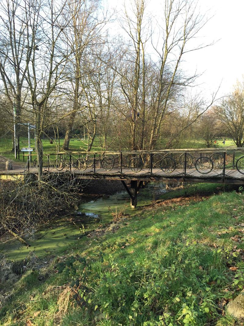 Go-jauntly-london-nature-walking-app-bridge