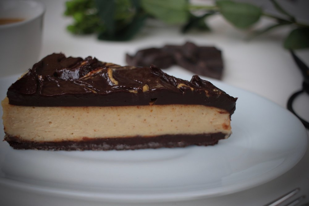 Peanut butter cheesecake double chocolate crust | Linden & Lavender
