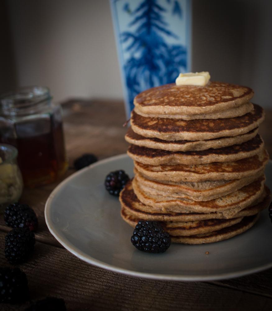 Banana Oatmeal Blender Pancakes | Linden & Lavender