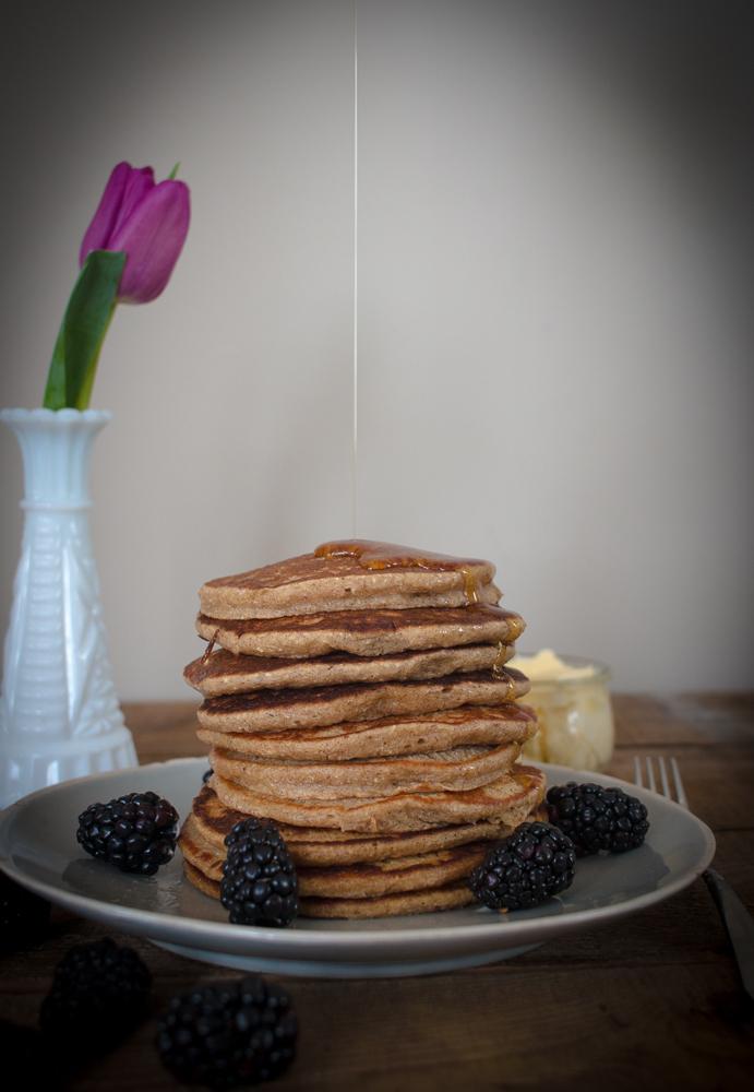 Banana Oatmeal Pancakes | Linden & Lavender