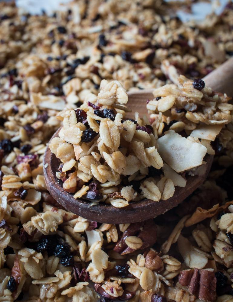 Rose and pecan gluten free granola | Linden & Lavender