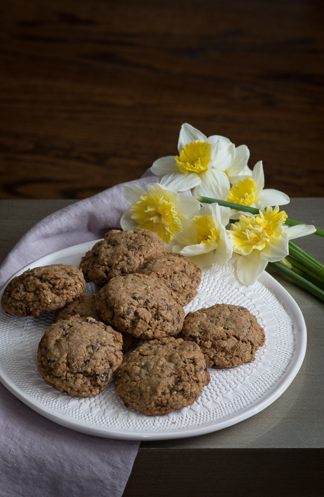 Hearty Oatmeal and Grain Cookies