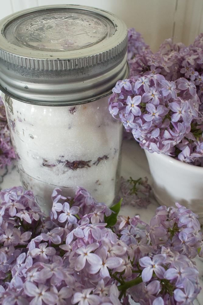 Lilac sugar | Linden & Lavender